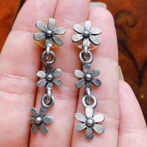 Vintage 90s Daisy Dangle Earrings